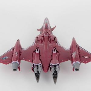 Chogokin VF-27 Gamma Lucifer Valkyrie