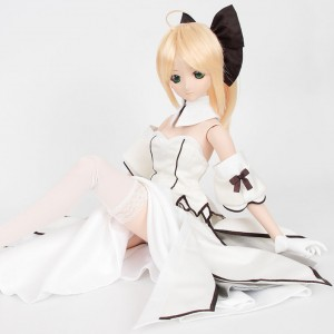 The softer side of Saber Lily