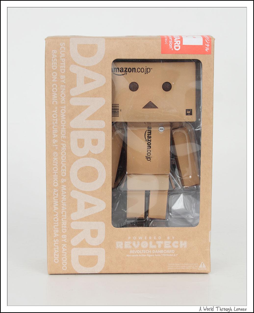 bo cardboard robot reading - photo #10