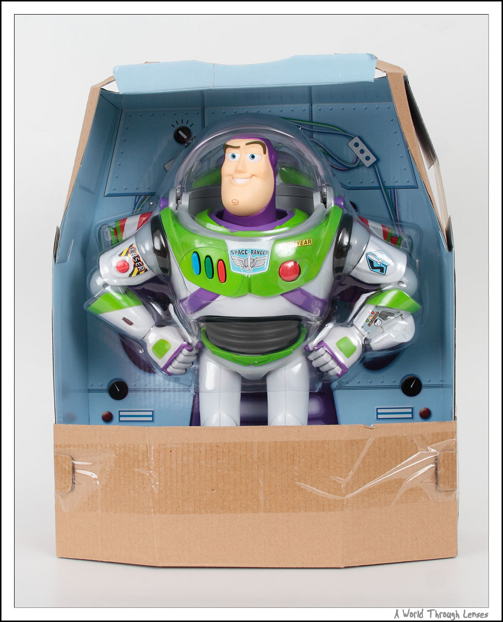 how to make a buzz lightyear spaceship out of cardboard