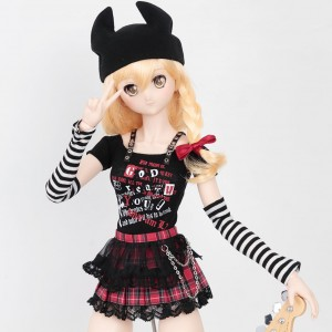 New Outfits For Marisa